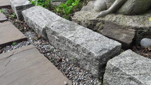 綠蒙卡花崗石塊